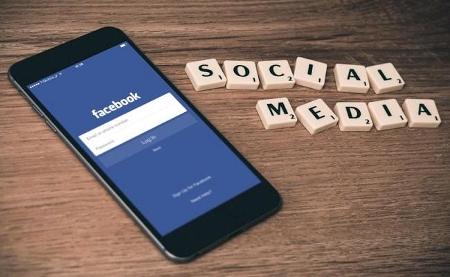 Come influiscono le opinioni e i social network nella decisione di acquisto